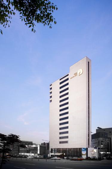 호텔 더 디자이너스 홍대  썸네일3